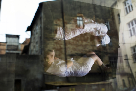 fot. Andrzej Rułka, PODWÓRKO NA ULICY LISA - KULI, II Nagroda