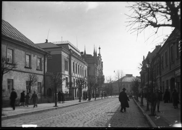 Ulica 3 Maja_1938_Fotografia autorstwa Rodziny E. Janusza_Ze zbiorów Galerii Fotografii Miasta Rzeszowa